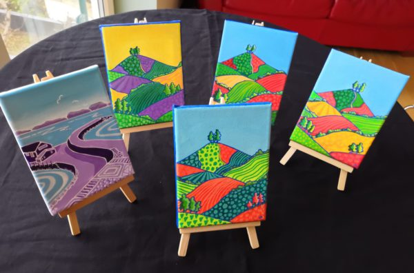 Mini canvases with easels